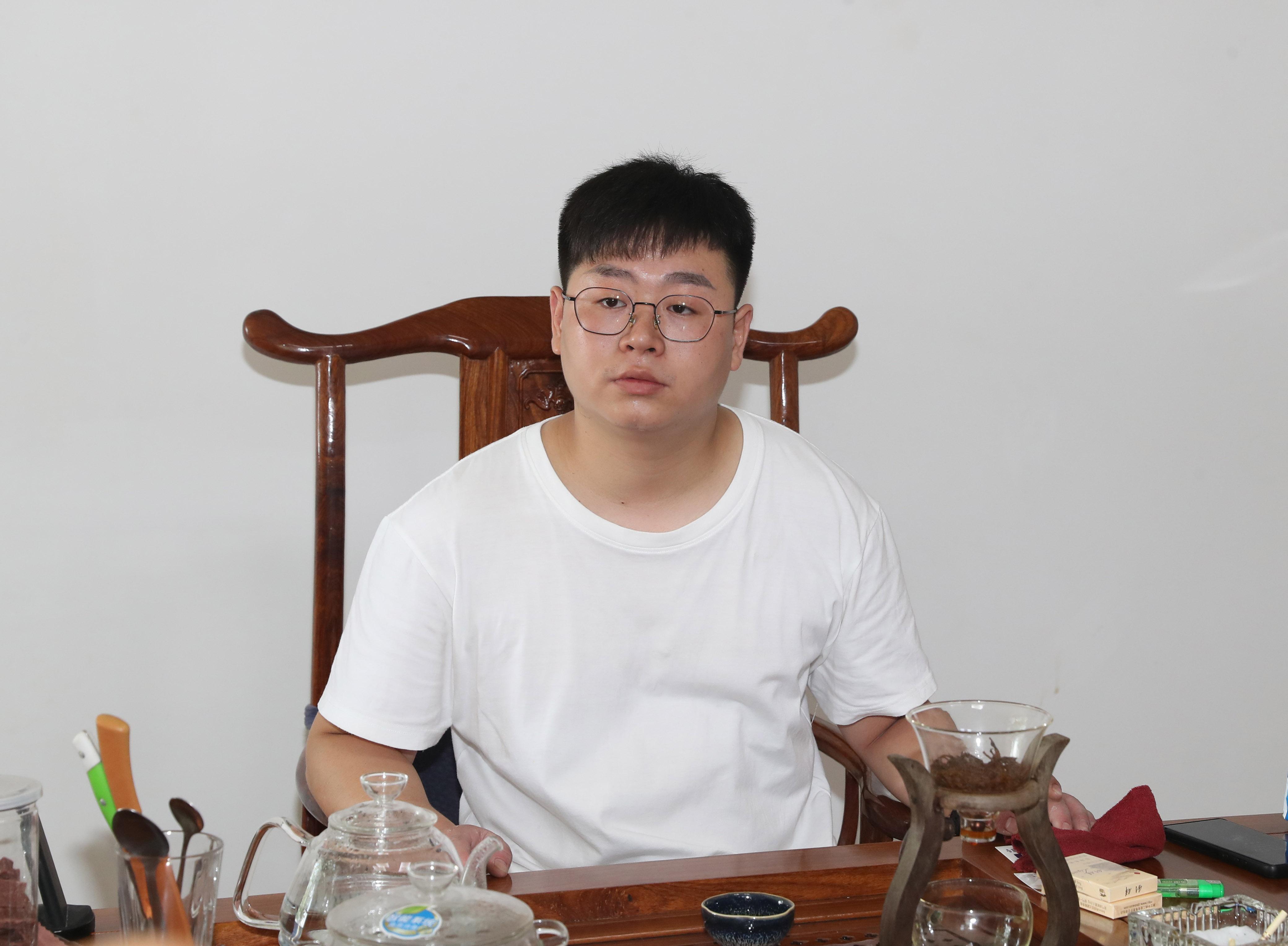 常务副会长吴发彪